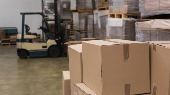 倉庫現場の管理ミスを防止する「現場への注意喚起」の創意工夫