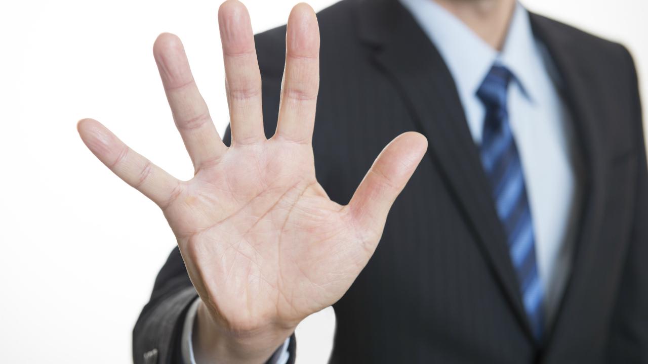 交通事故の補償額を抑えるために「保険会社」が使う汚い手口
