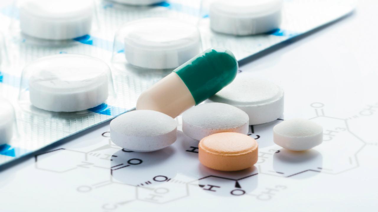 医薬品卸→ドラッグストア業界で起こった再編の波とは?